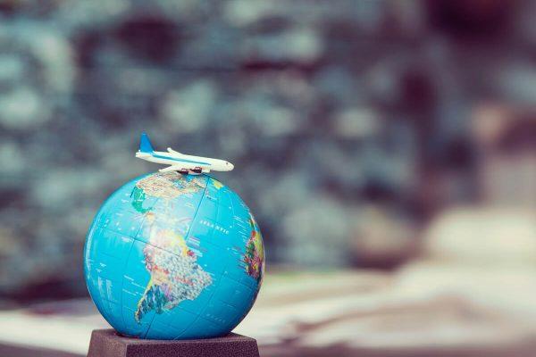 Farnesina e italiani all'estero: app per viaggiare sicuri