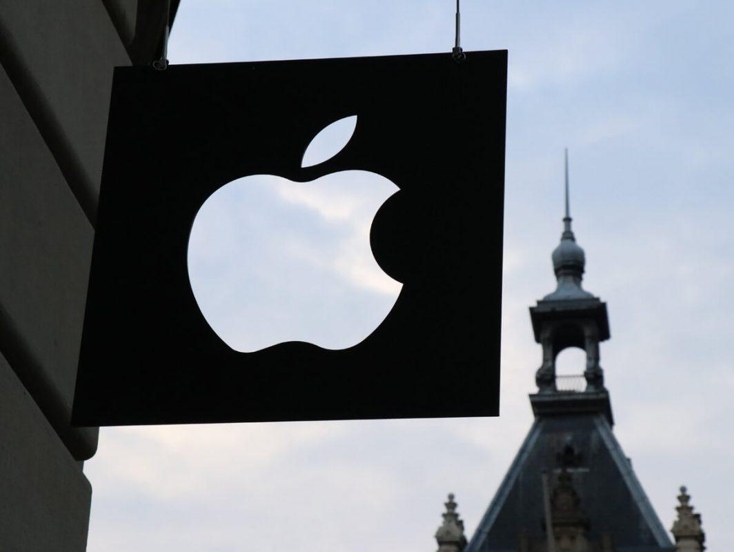 Siri di Apple, registrazioni conversazioni e atti sessuali