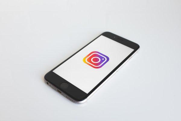 Instagram tutela minorenni