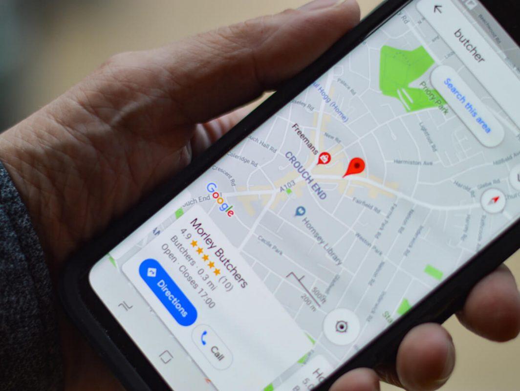 Google Maps, dark mode e funzione per ipovedenti