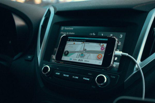 Waze e Spotify, brani più ascoltati alla guida nel 2019