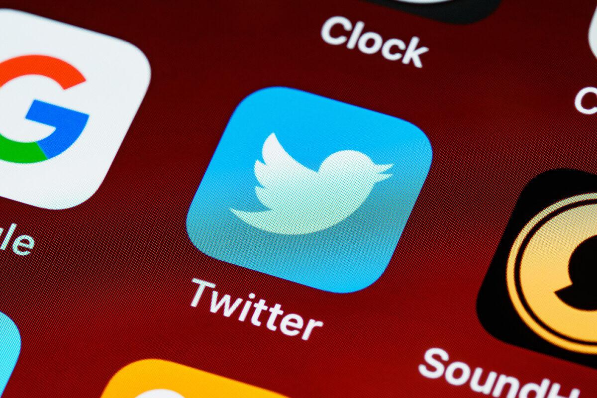 Twitter, crossposting per Snapchat e Instagram